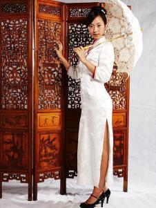 张秋儿女装白色长袖旗袍