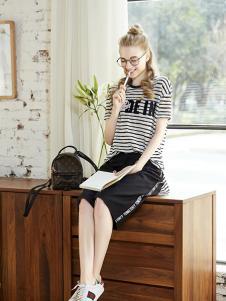 BEB女装黑色条纹T恤