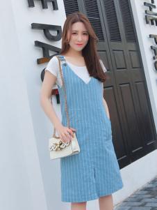 英吉蘭依女裝藍色條紋連衣裙