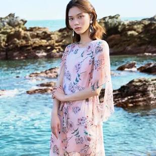 Tynuhea女装风格更加时尚优雅、符合国际潮流Tynuhea女装招商