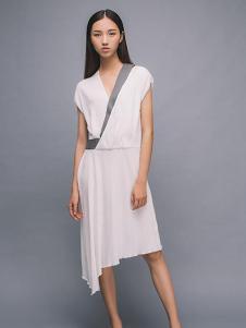 MAISON MAI 女装白色不规则连衣裙