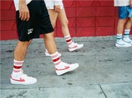 贴近年轻人!回力推出海外专属鞋类产品WOS33
