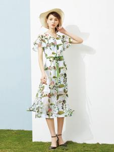 澜茨女装白色碎花甜美连衣裙