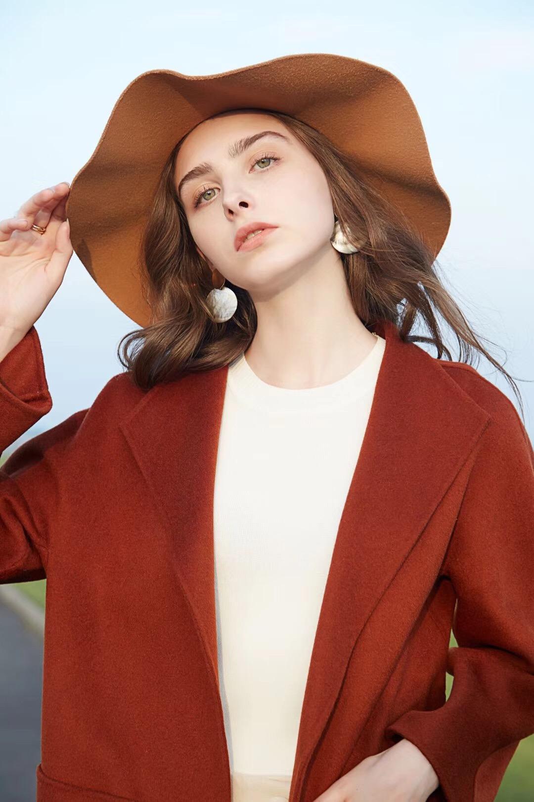 衣魅人女式冬裝上貨衣魅人女裝供應