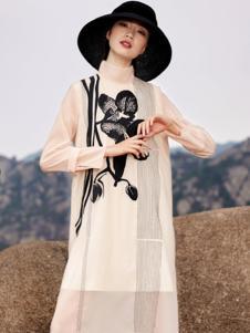 界内界外女装杏色复古刺绣花连衣裙