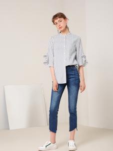蓝色倾情女装灰色条纹衬衫