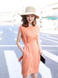 例轩女装桔色圆领连衣裙