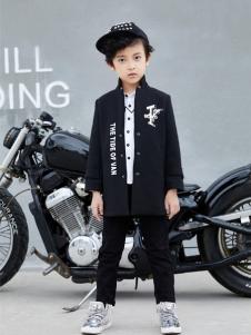 玛玛米雅新款男童装