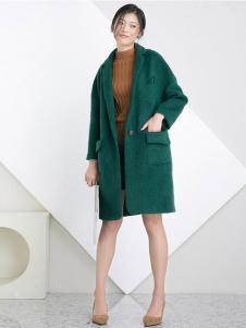 相对纶女装绿色毛呢大衣