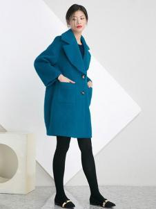 相对纶女装湖蓝大口袋大衣