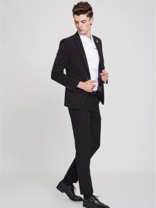 佐纳利黑色西装