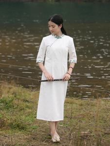 古時舊京女裝白色五分袖斜襟連衣裙