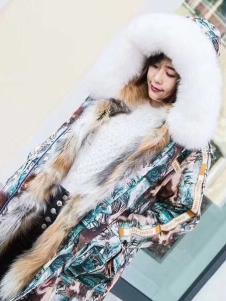 衣魅人印花冬款大衣