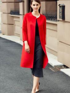 灿墨女装红色圆领大衣