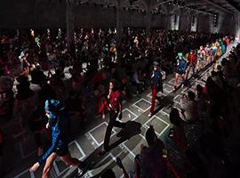 变幻莫测的奢侈品行业 Prada对当下趋势捕捉颇有远见