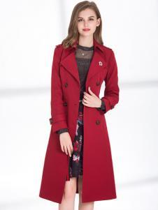 2018迪丝爱尔酒红色风衣