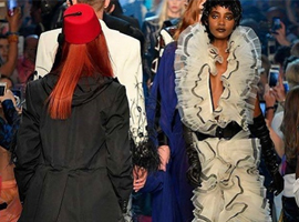 爱马仕前设计师通过时装秀告诉别人女性也能表达自我