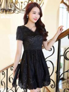 纹素女装黑色蕾丝连衣裙