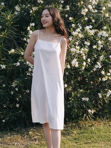 漞渡女装白色打底吊带连衣裙