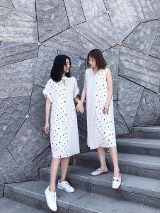 沐紫格女装白色拼接连衣裙