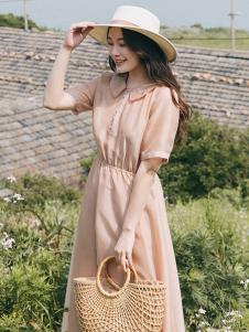 漞渡女装杏粉色收腰复古连衣裙