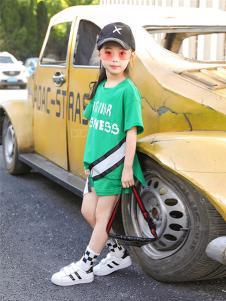 BOMBDEER童装绿色字母T恤套装