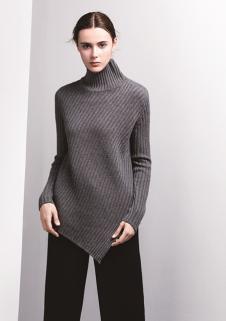 匹润女装灰色高领不规则针织衫