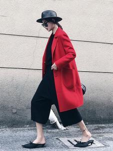 法澜娇人女装红色大口袋大衣