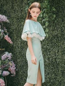 Ruby Fang女装草绿色白玫瑰侧开叉中长款连衣裙