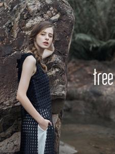树生活女装黑色镂空开叉连衣裙