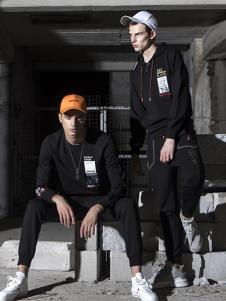 TUOLU TOUR男装黑色圆领卫衣