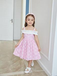 小猪宾果童装粉色一字肩吊带女裙