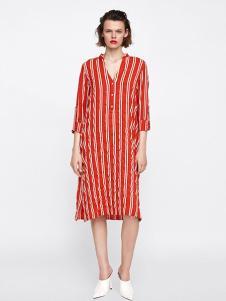 Zara女装红色条纹连衣裙