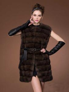 巴纳奥女装棕色无袖皮草外套