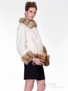 巴纳奥女装白色翻领皮草外套