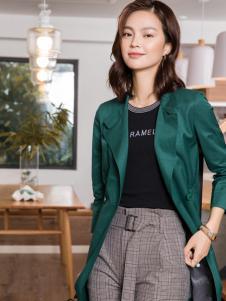 2018布根香女装时尚外套
