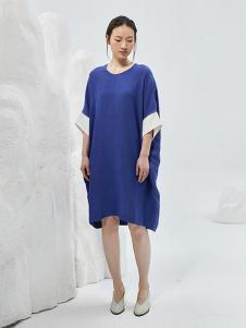 闲着女装蓝色宽松连衣裙