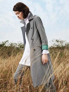 私人衣橱女装灰色格子大衣