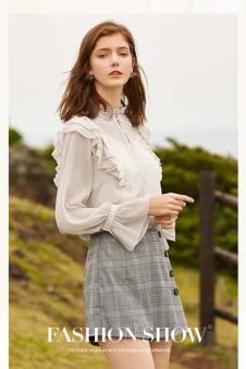 春美多女装白色花边衬衫