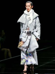 E问2原创设计师品牌18羽绒服