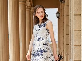 女装行业什么品牌适合加盟 金蝶茜妮女装备受加盟商青睐