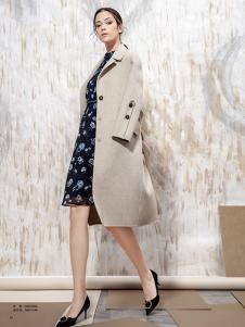 蔓露卡秋季新款纯色大衣