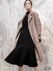 蔓露卡秋季新款气质格子大衣