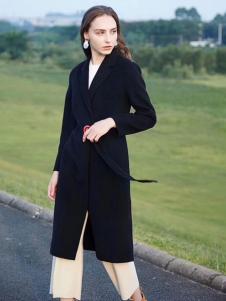 衣佰芬黑色大衣
