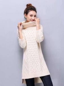 衣佰芬白色长款毛衣