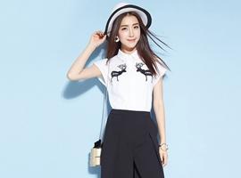 热烈祝贺中国服装网协助河南李女士签约芝麻e柜女装!