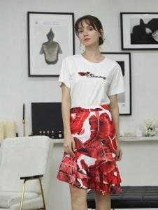 茜尔菲尼女装红色印花半身裙