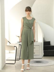 茜尔菲尼女装浅绿色修身连体裤