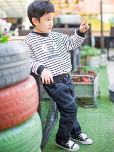 K.Body°C童装白底黑条T恤