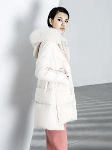 ECA女装18白色羽绒服